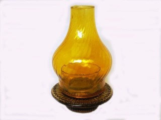 Glass Vigil Oil Lamp Daisy